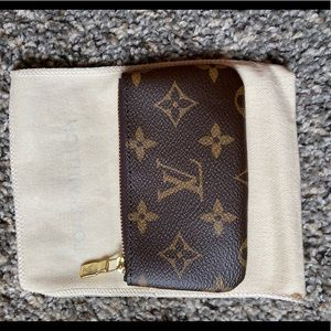 Authentic and brand new Louis Vuitton Key Pouch